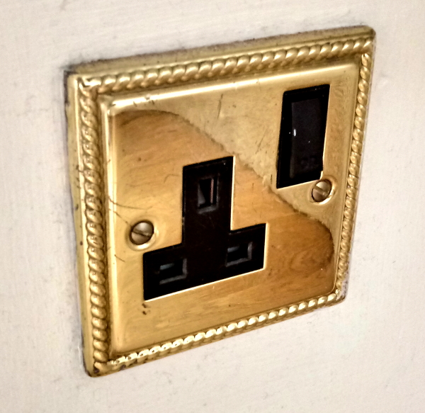 '80s brass plug socket