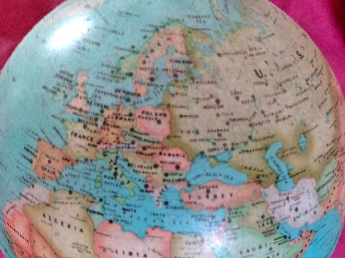 1980s globe
