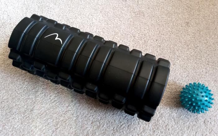 Foam roller and spiky ball