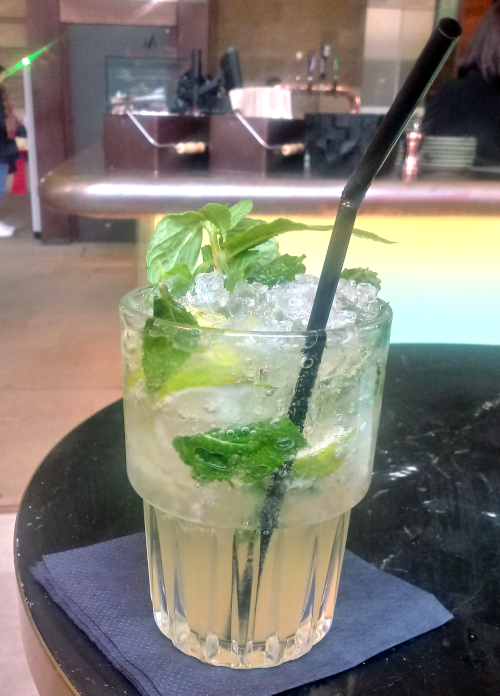 Destination 1850 Virgin Apple Mojito